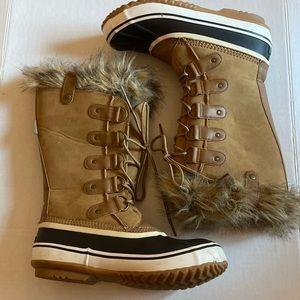 JBU Vegan Winter Boots Size 8.5